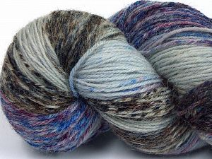 Please note that this is a hand-dyed yarn. Colors in different lots may vary because of the charateristics of the yarn. Also see the package photos for the colorway in full; as skein photos may not show all colors. Fiberinnehåll 75% Super Wash Ull, 25% Polyamid, Maroon, Brand Ice Yarns, Camel Shades, Blue Shades, fnt2-66006