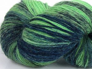 Please note that this is a hand-dyed yarn. Colors in different lots may vary because of the charateristics of the yarn. Also see the package photos for the colorway in full; as skein photos may not show all colors. Fiberinnehåll 75% Super Wash Ull, 25% Polyamid, Brand Ice Yarns, Green Shades, fnt2-66019